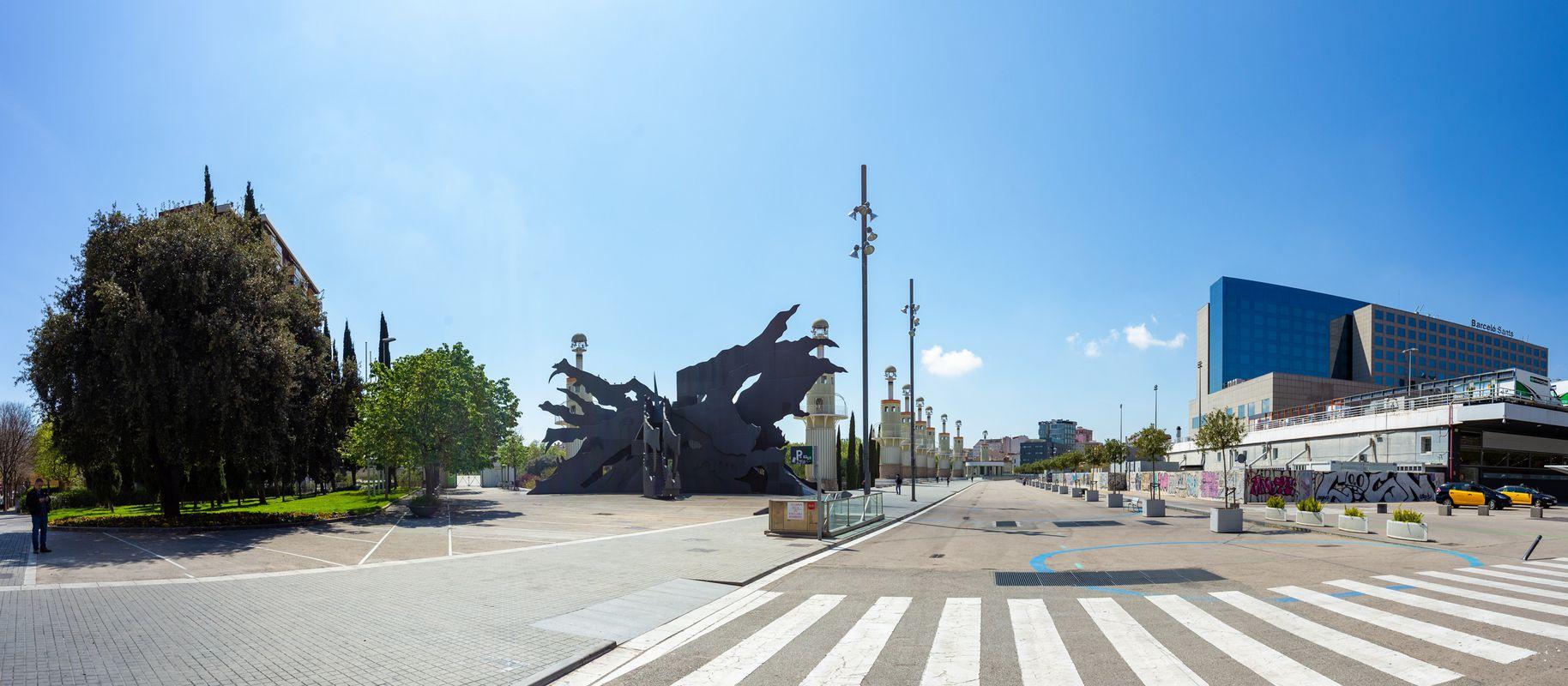 <div class='imageHoverDetail'>              <p class='imageHoverTitle twoLineBreak'>Alrededores de la estación de Barcelona Sants por la salida frente al parque ...</p>              <p class='imageHoverAutor oneLineBreak'>Autor: Marc Lozano</p>              <button class='imageHoverBtn'>Ver los detalles de la imagen <span class='sr-only'>Alrededores de la estación de Barcelona Sants por la salida frente al parque ...</span></button>              </div>